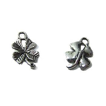 Metallanhänger, Kleeblatt, Silberfarben, 1 Stück