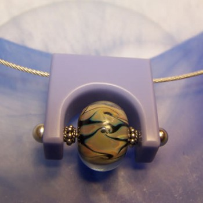Corian-Anhänger, Blau-Lila, Silberfarben