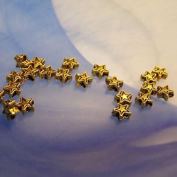 Metallperle, Sternchen, Goldfarben, 30 Stück