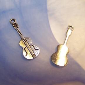 Metallanhänger, Gitarre, Silberfarben, 1 Stück