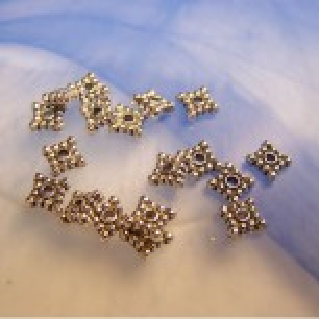 Metallperle, Vierecksspacer, 6,5mm, Silberfarben, 50 Stück